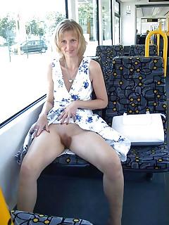 Upskirt No Panties Upskirt Pics
