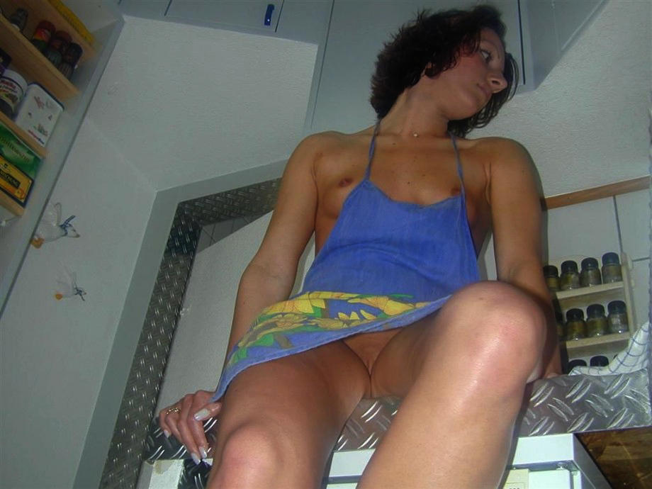 Домохозяйки голые подглядывание