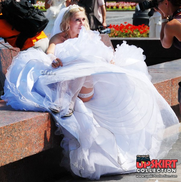 предлагает случайное обнажение на свадьбе ленка словах